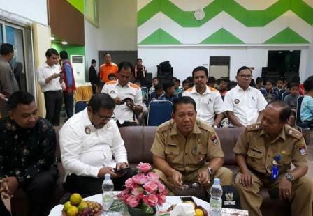 IPC Teluk Bayur Salurkan Bantuan Sosial 1,4 Miliar