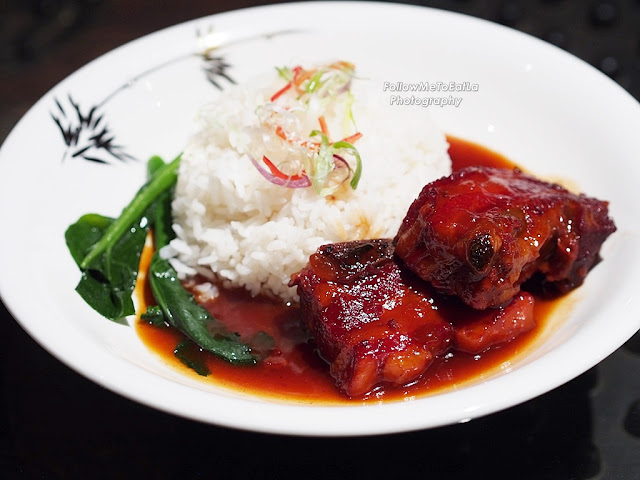 Rice With Baked Sweet & Sour Spare Ribs & Seasonal Vegetables