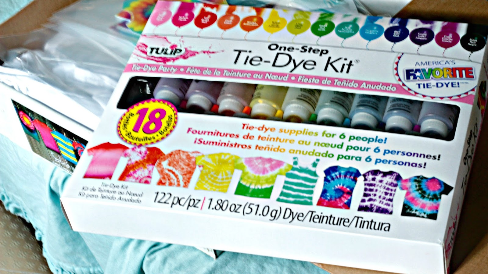 22a69b91b885 The One-Step Tie-Dye Kit by Tulip makes tie-dying so easy! The kit not only  included 18 different dyes but gloves