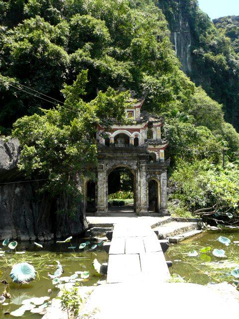 Pagoda de Bich Dong