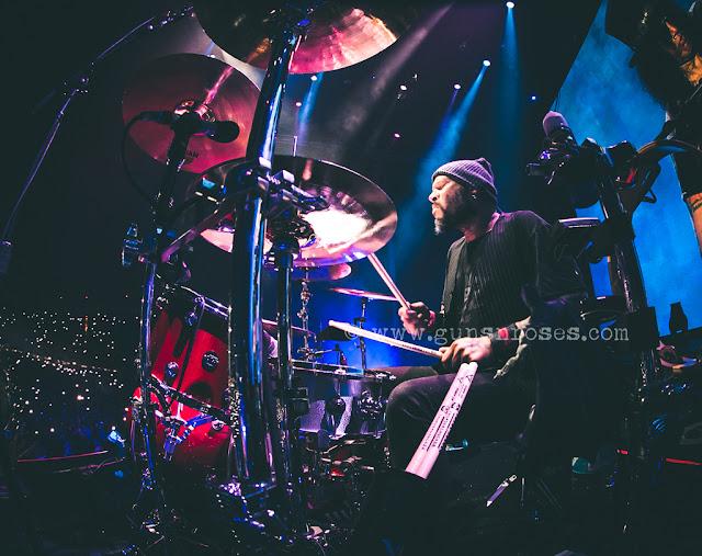 [Entrevista] Frank Ferrer: Cómo salgo adelante con los conciertos de GN'R (2016). 20-4
