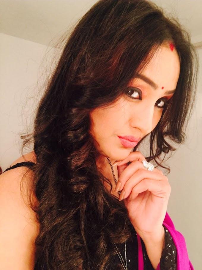 Sapna Sikarwar Models Number 940