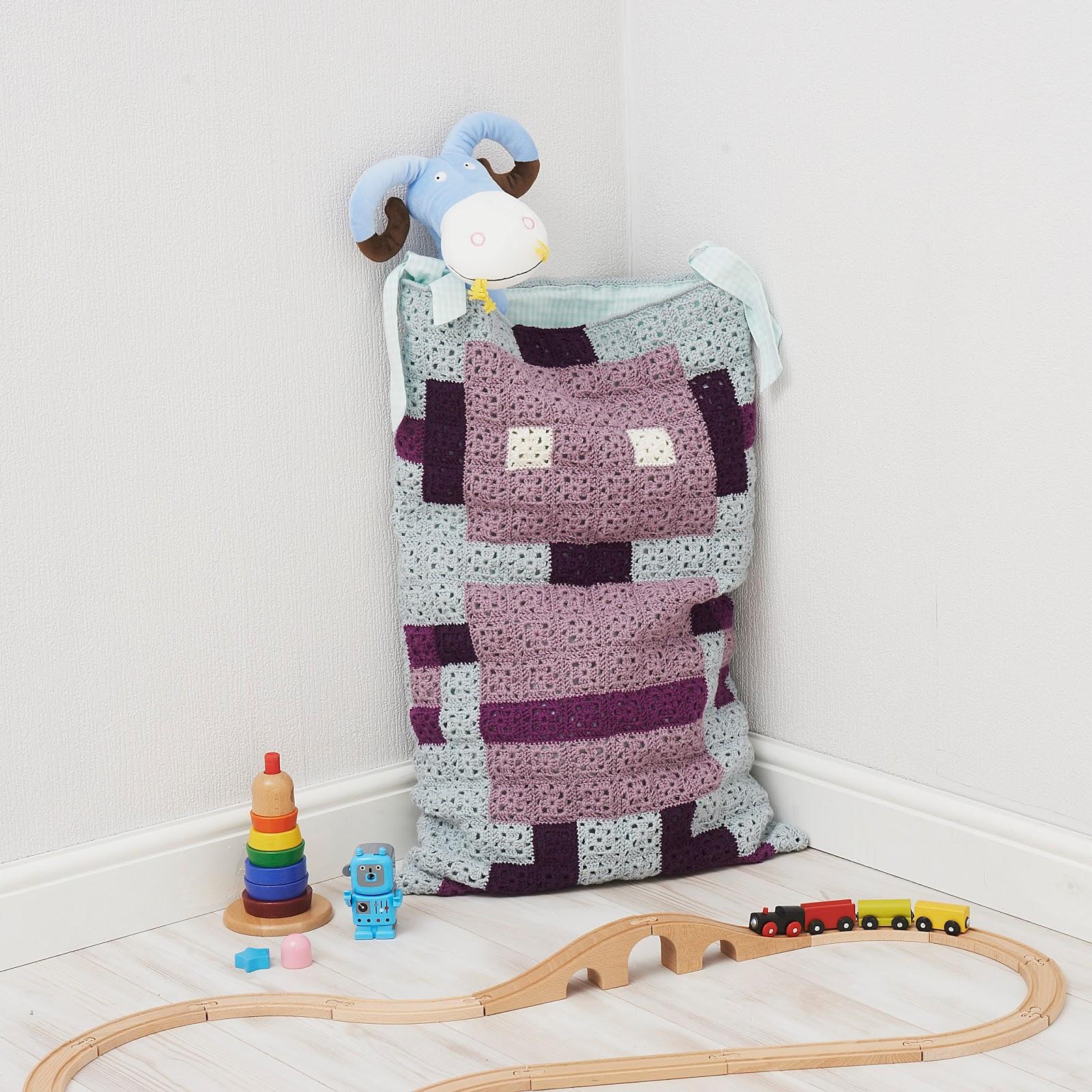 Beautiful Boardwalk: Pixel Crochet