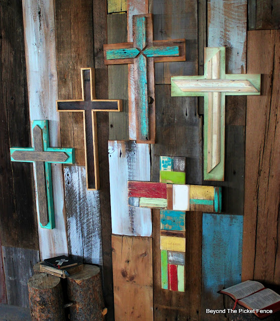 rustic cross, reclaimed wood, salvaged wood, barnwood, spring decor, Easter, faith,http://bec4-beyondthepicketfence.blogspot.com/2016/02/more-rustic-crosses-and-finding-waldo.html