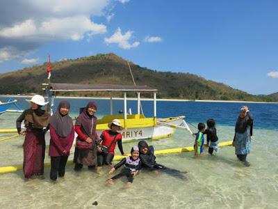 Tips Ayik Menjelajah Pulau