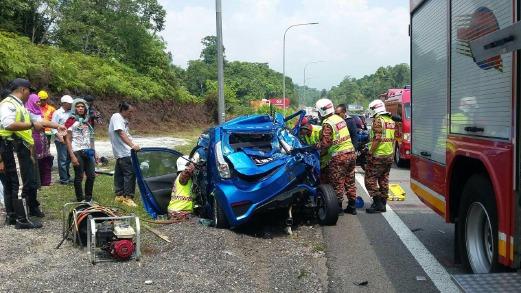 Nahas Lima Kenderaan 2 Cedera 1 Maut Kemalangan Di Kuala Kangsar