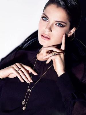 Plaid Fashion Trend Of Jewelry Luxury Advanced