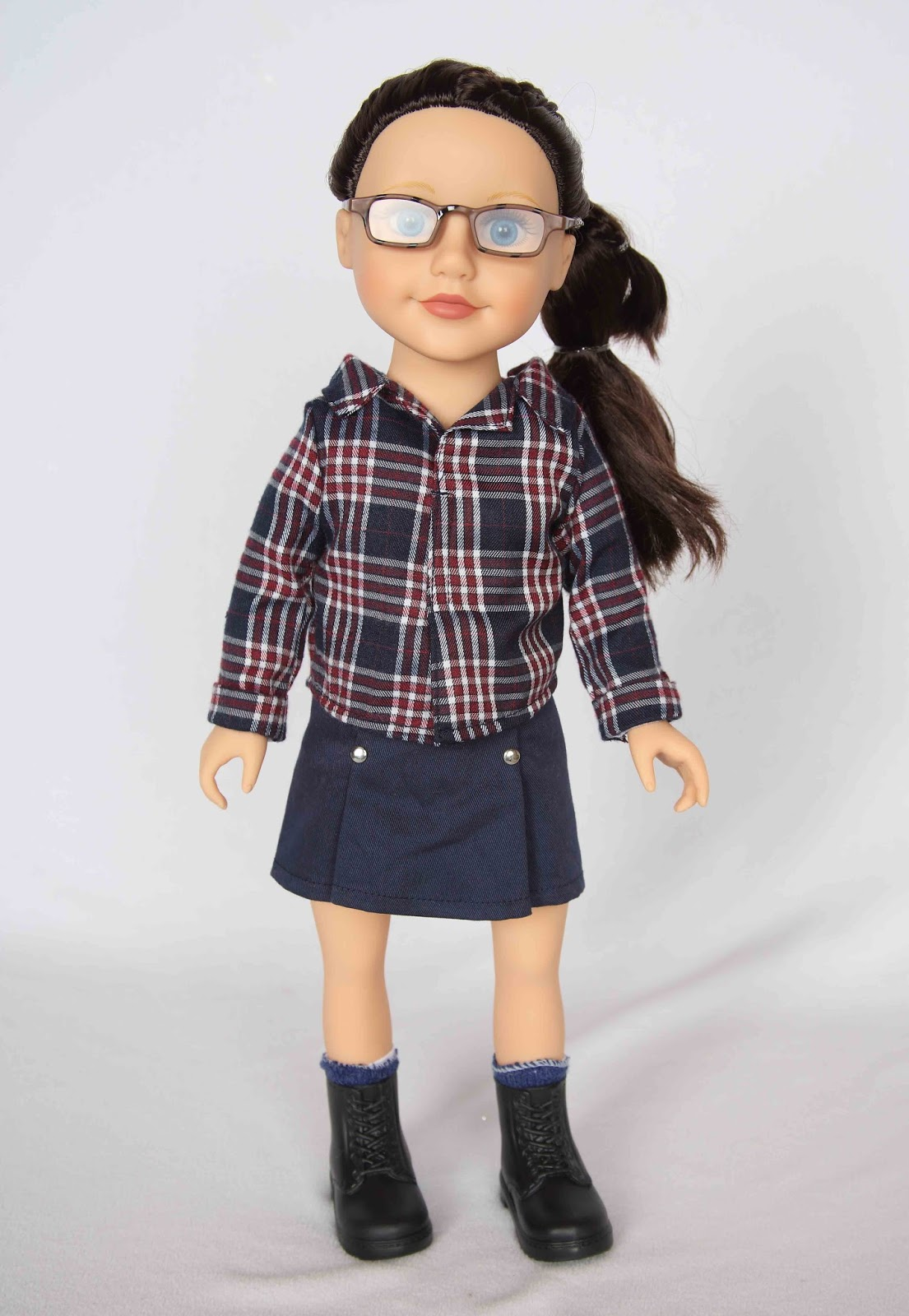 My Journey Girls Dolls Adventures: A New Outfit For Dana
