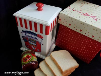 bekas roti cantik
