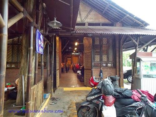 Warung Mamah Sum Gendut (Malang), Sambalnya Menggelegar