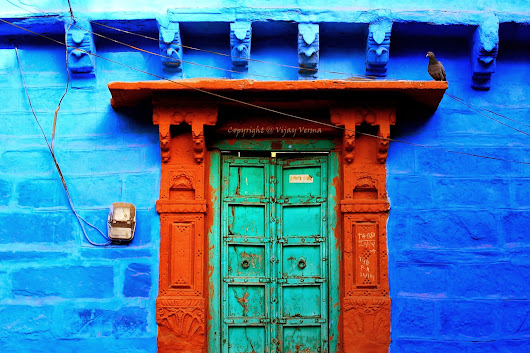 Photos from the Voyages - A Journey of life: Splash of colours from the Blue City