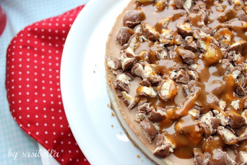 Karamel-Schokoladen Cheesecake mit Schokobons