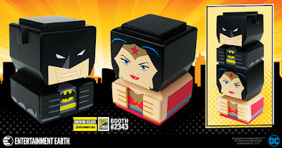 San Diego Comic-Con 2017 Exclusive DC Comics Black Suite Batman & Wonder Woman Tiki Tiki Totem Wooden Stackable Figure Set by Entertainment Earth