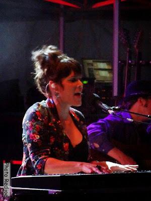 Beth Hart au piano