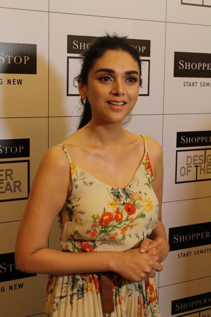 Aditi Rao Hydari At Shoppers Stop Select Designer Of The Year 2017