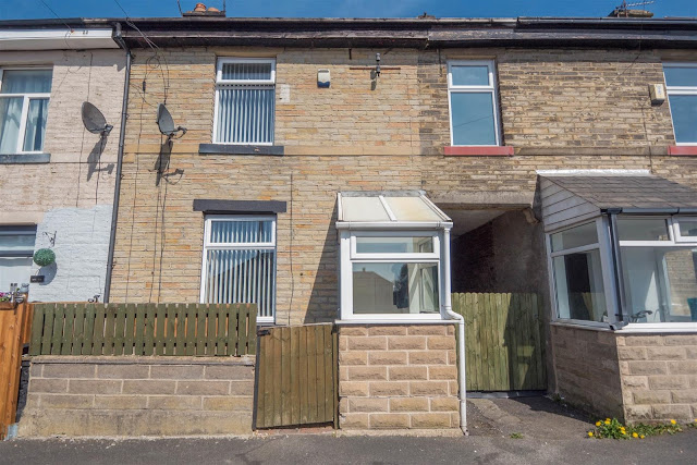 This Is Bradford Property - 3 bed terraced house for sale Vernon Place, Bradford BD2