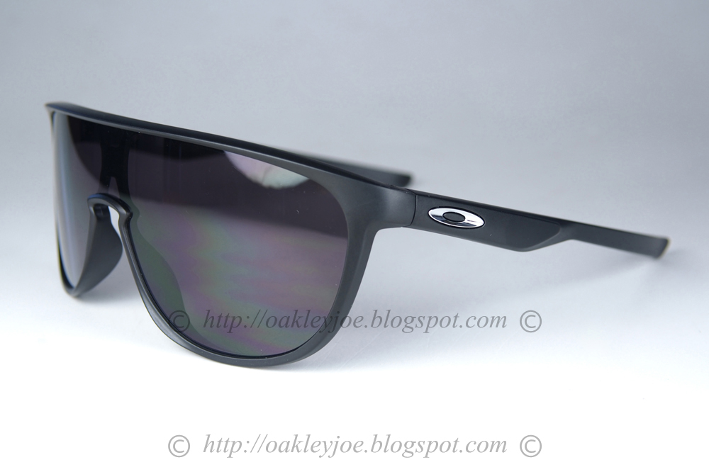 58369b86e6 lens pre coated with Oakley hydrophobic nano solution complete set comes  with box and microfiber pouch