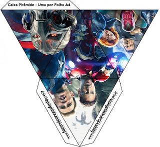 Caja con forma de pirámide de Vengadores