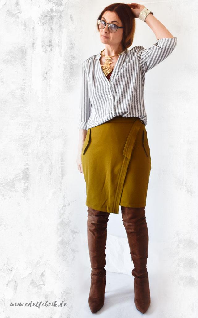 die Edelfabrik, lässiges Outfit für das Büro mit Pencilskirt und Overknees