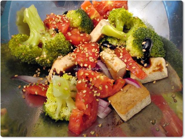 Ensalada de Brócoli, Tofu y Tomate