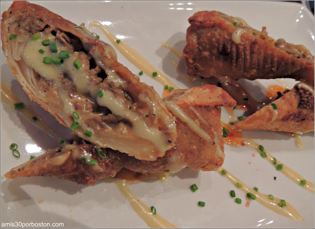 Dine Out Boston 2016: Cheesesteak Eggrolls