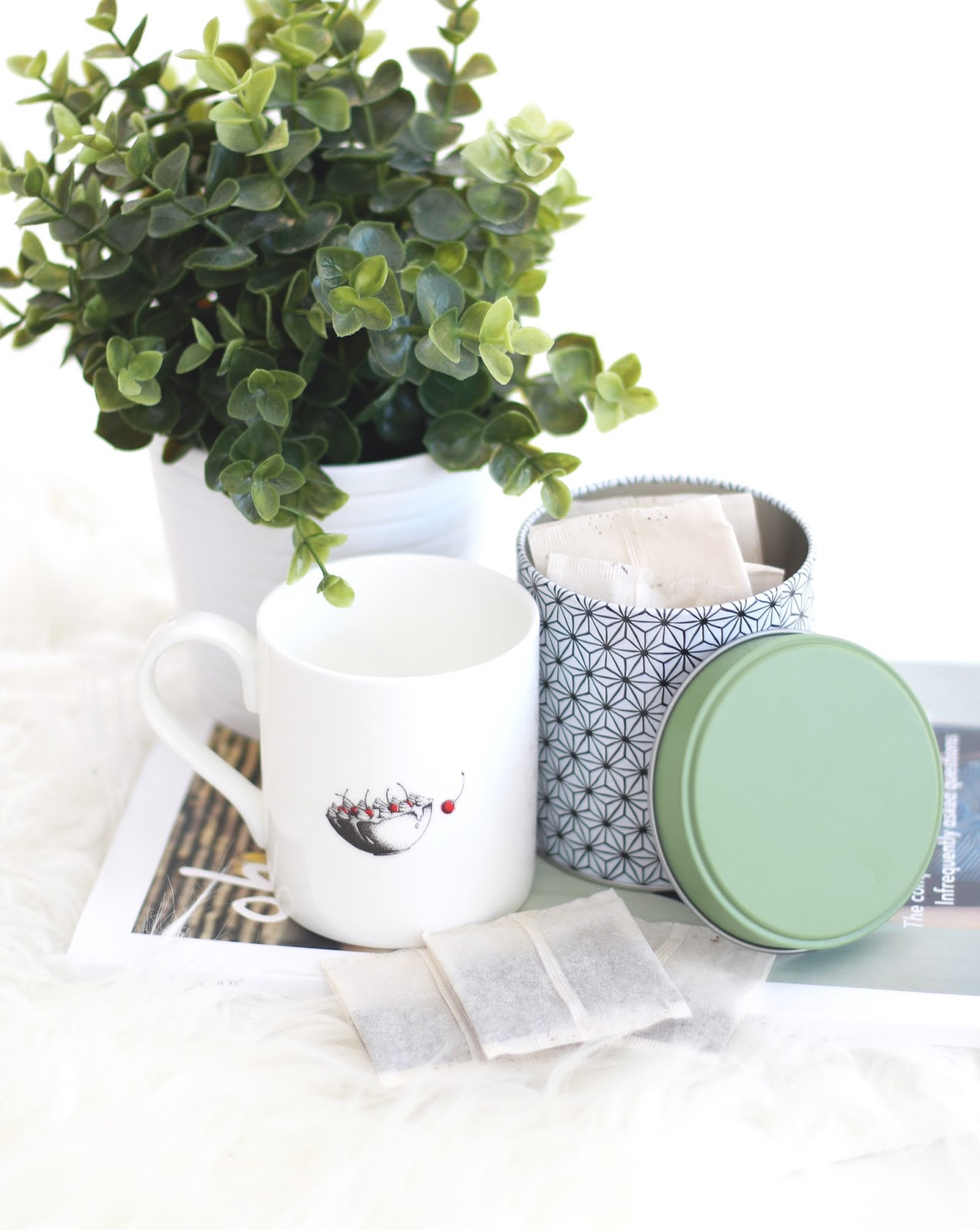 mint green tea, green tea, mint tea, food blogger, beauty blogger, forever september, blogger