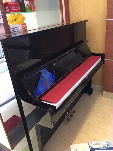 Piano cơ Yamaha U2C