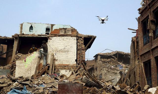 drone, teknologi, misi kemanusiaan, manfaat teknologi