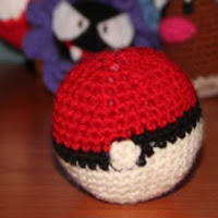 PATRON GRATIS POKEMON POKEBALL AMIGURUMI 29796