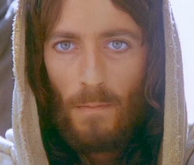 """""""Ha megismertetek volna engem, megismertétek volna az én Atyámat is"""""""