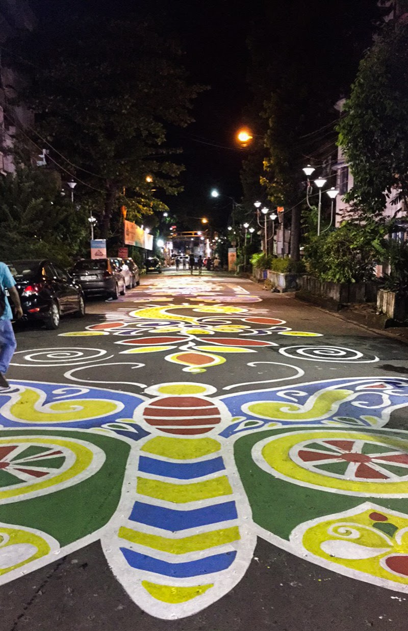Longest Alpona or Rangoli Art to celebrate Durga Puja festival Kolkata. Photo Credit :-  Camellia Bhowmik