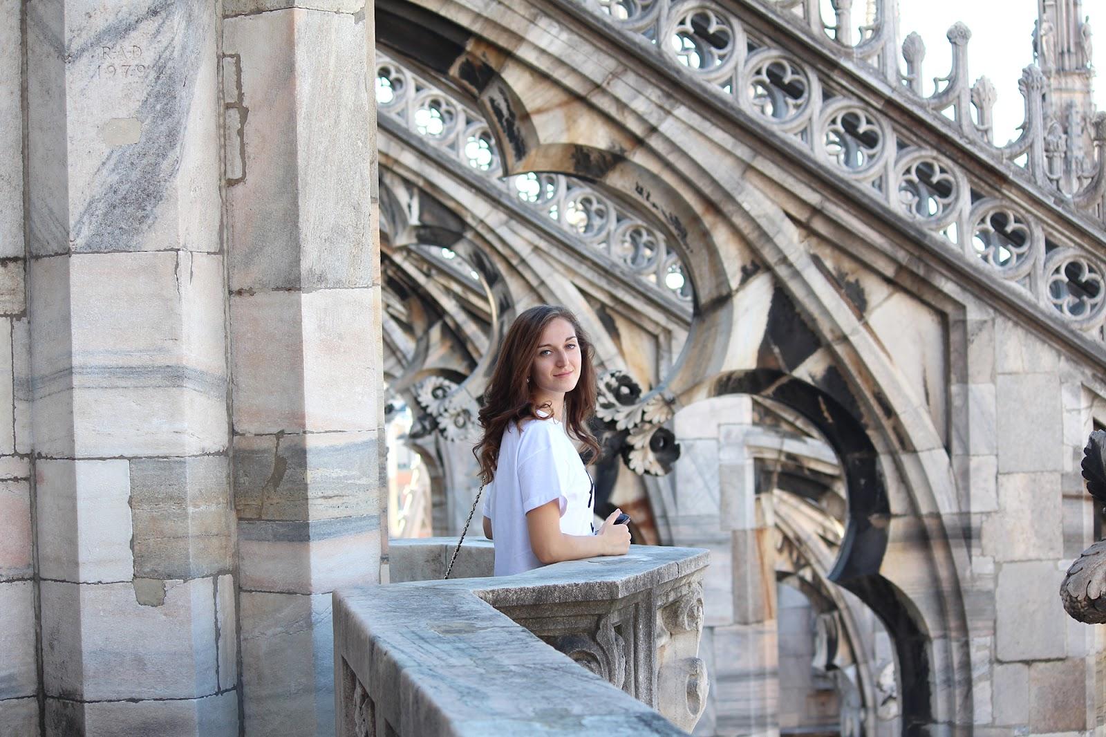 outfit da turista a Milano fashion blogger
