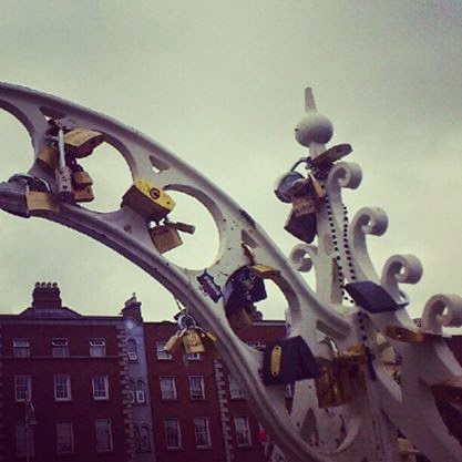 Ha' Penny Bridge Dublin Ireland