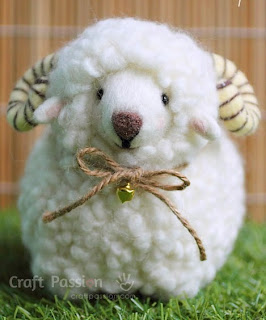 http://translate.googleusercontent.com/translate_c?depth=1&hl=es&rurl=translate.google.es&sl=en&tl=es&u=http://www.craftpassion.com/2014/11/needle-felted-sheep.html/2&usg=ALkJrhgNM6mogwv2EFGQd9RP5NYp3UwA0Q