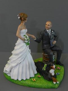 cake topper eleganti personalizzati sposi realistici cane bovaro orme magiche