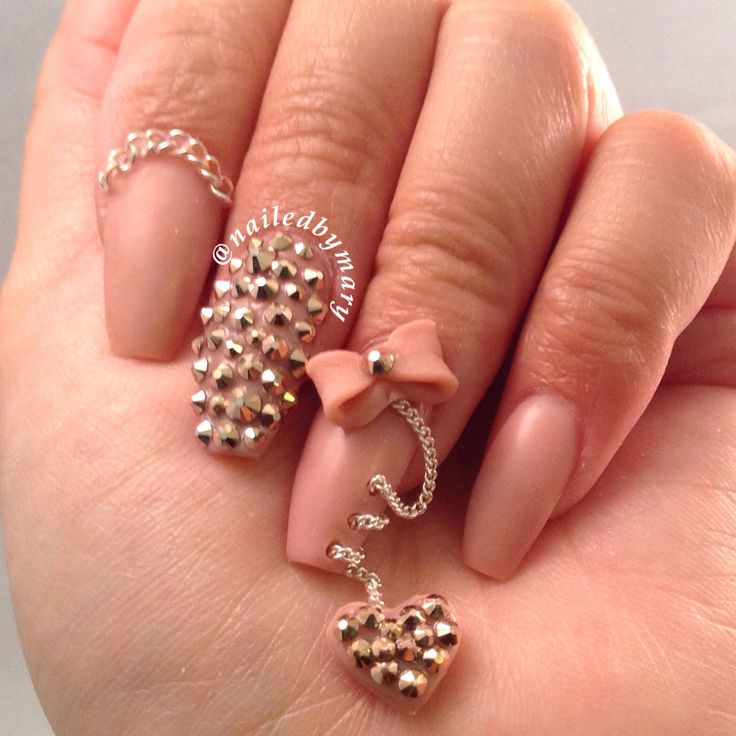 Nail Art Danglers: Take your manicure to the next level