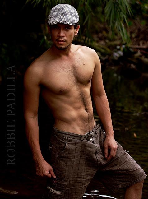 Robbie Padilla 100% Pinoy: Robbie goes One Two Three