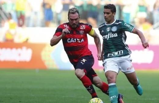 Vitória perde para o Palmeiras