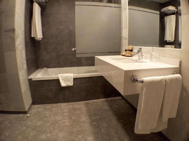 Cuarto de baño del Hotel Maestranza de Ronda