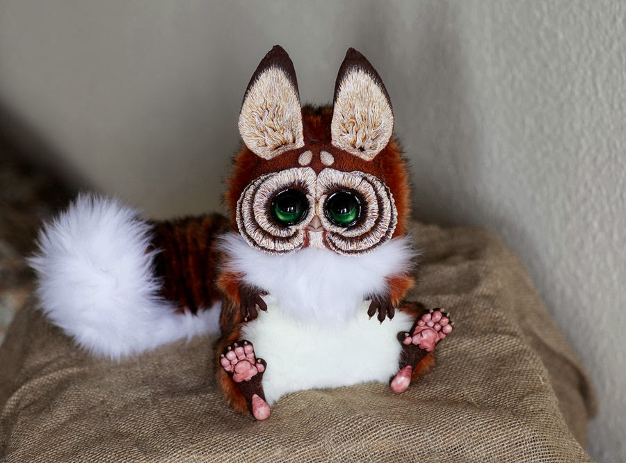 18-TG-Red Squirrel-Tiny-Griffins-Santani-www-designstack-co