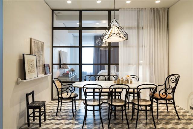 office cocina con mesa y sillas thonet chicanddeco