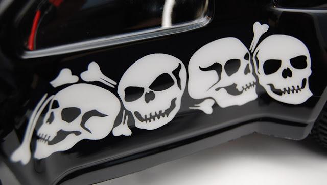 Team Associated SC10 skulls