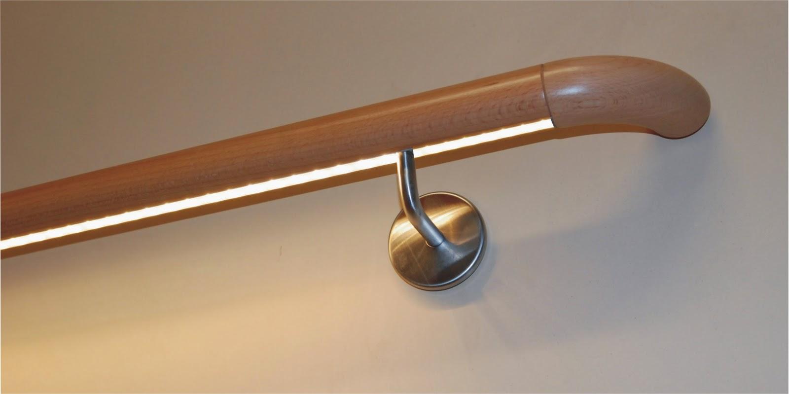 Treppenrenovierung - Treppenbeleuchtung im Handlauf