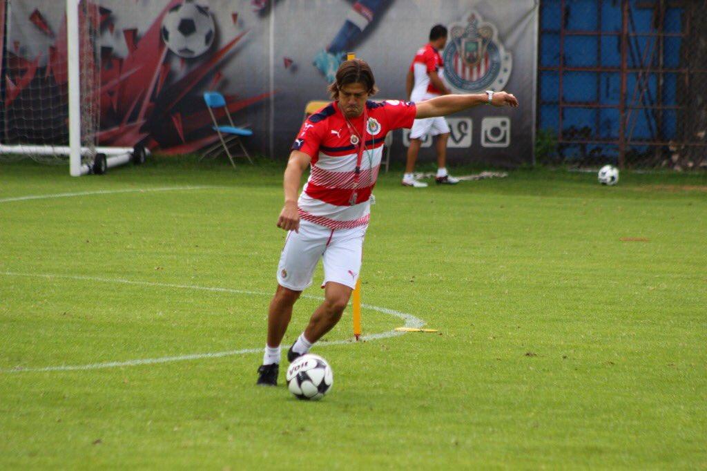 El técnico de Chivas, Matías Almeyda.