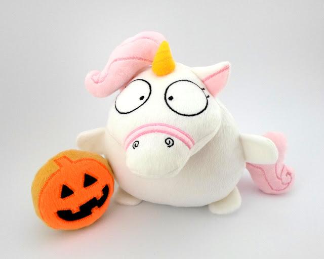 Yuny * Tierno Unicornio Rosa de Peluche coleccionable con calabaza de Halloween Guyuminos by Gattini gifts