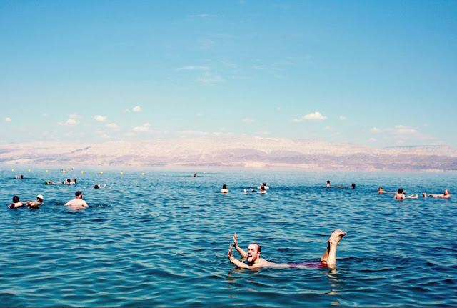 the-dead-sea-float
