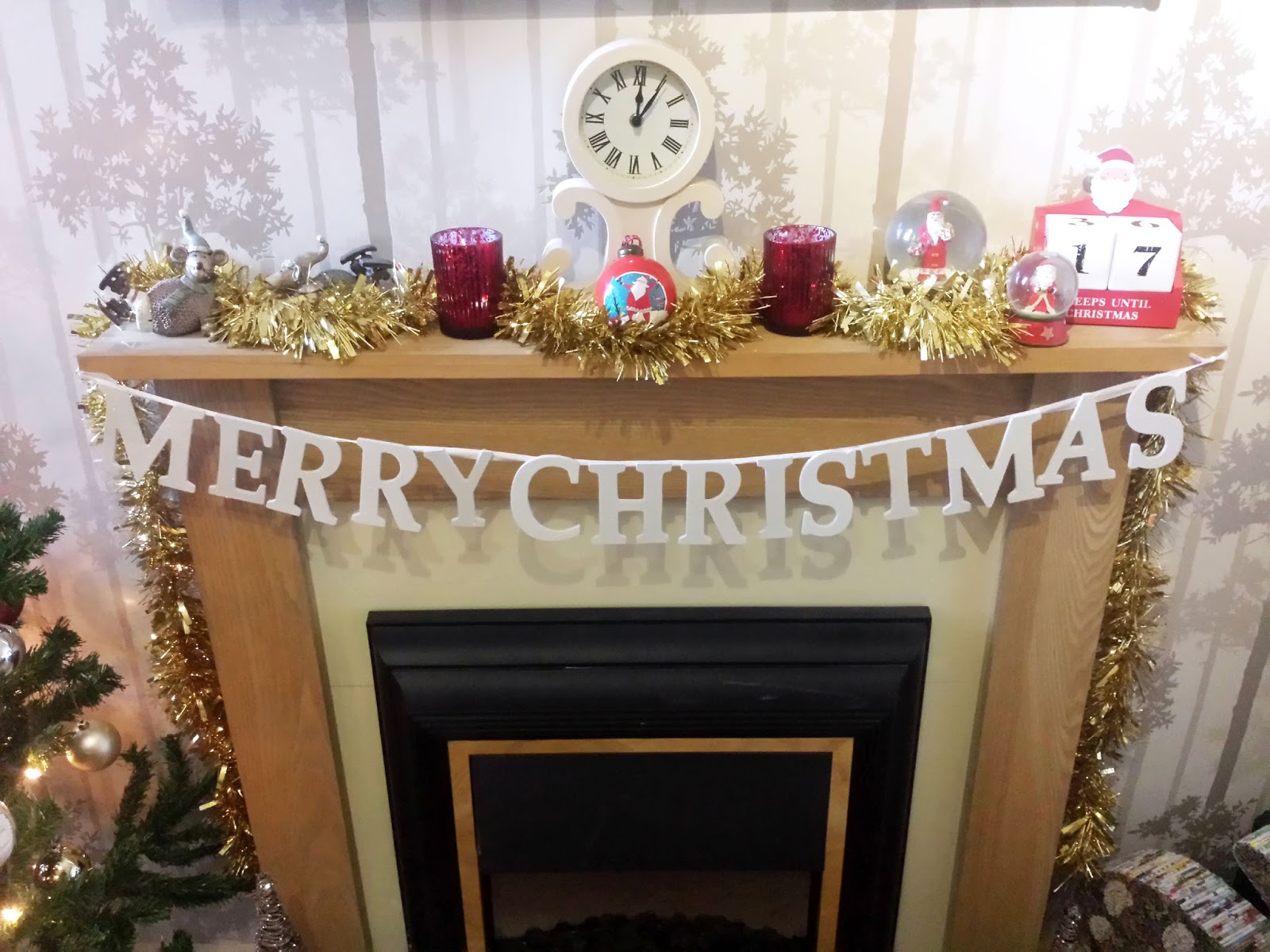Decorating the Fireplace with Debenhams