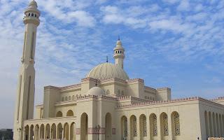 Gambar Islami Yang Bagus Buat Posting Artikel Mengenai Bulan Ramadlan