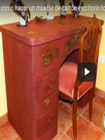 http://manualidadescarton.blogspot.com.es/2016/11/mueble-tocador-de-carton_26.html