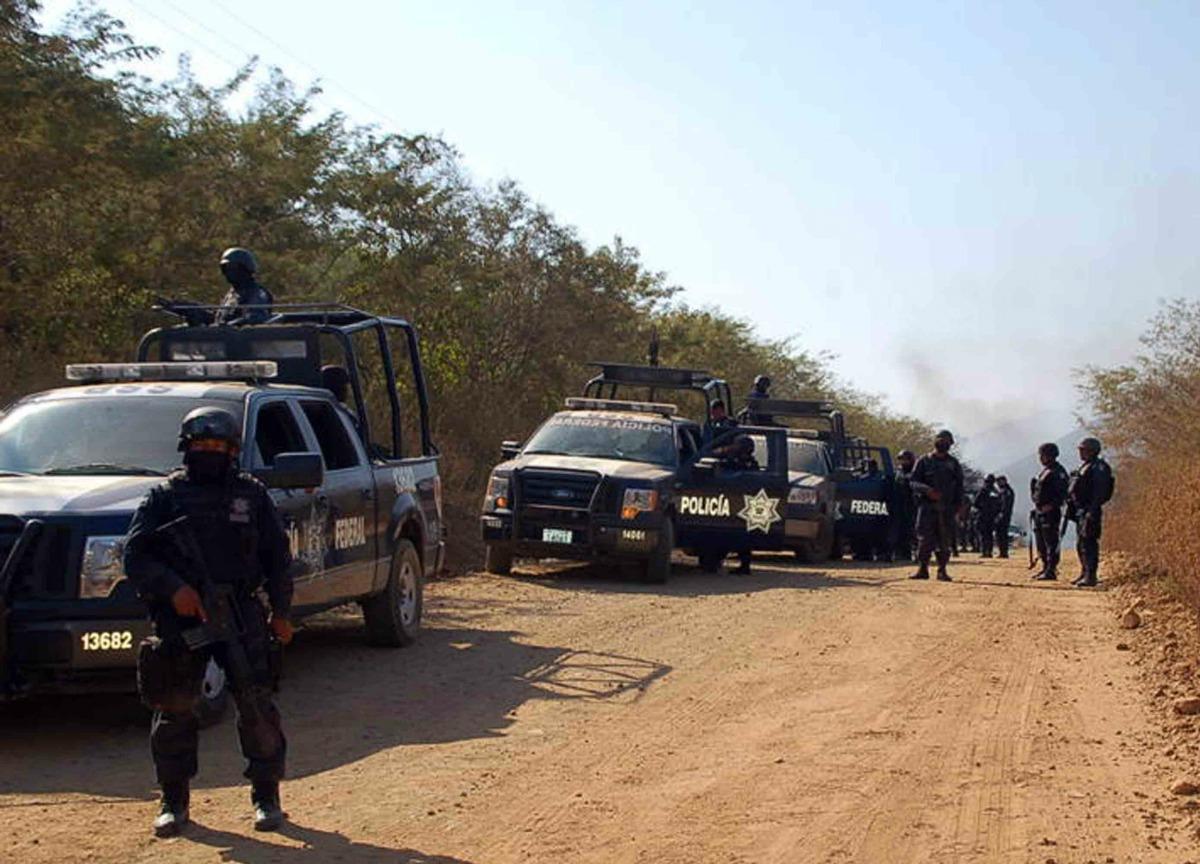 """Era una emboscada desde arriba del cerro"""", recuerdo de un policía en Michoacán"""